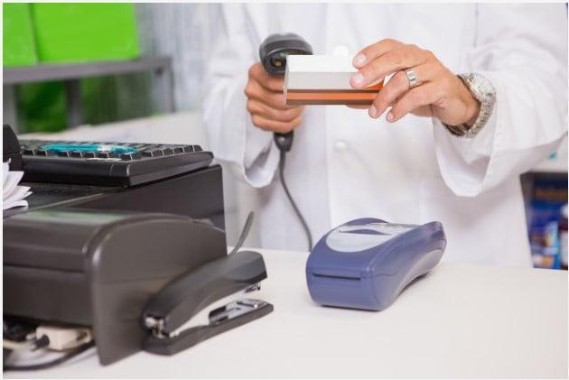Gunakan Software kasir apotek - transaksi cepat dan akurat